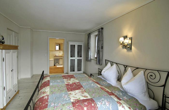 Lechner am See Cottage Suite Schlafzimmer