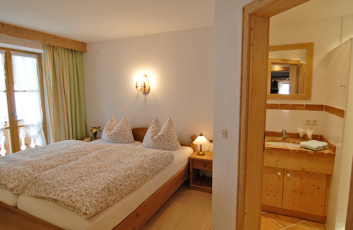 Lechner am See - Schlierseestube - Schlafzimmer