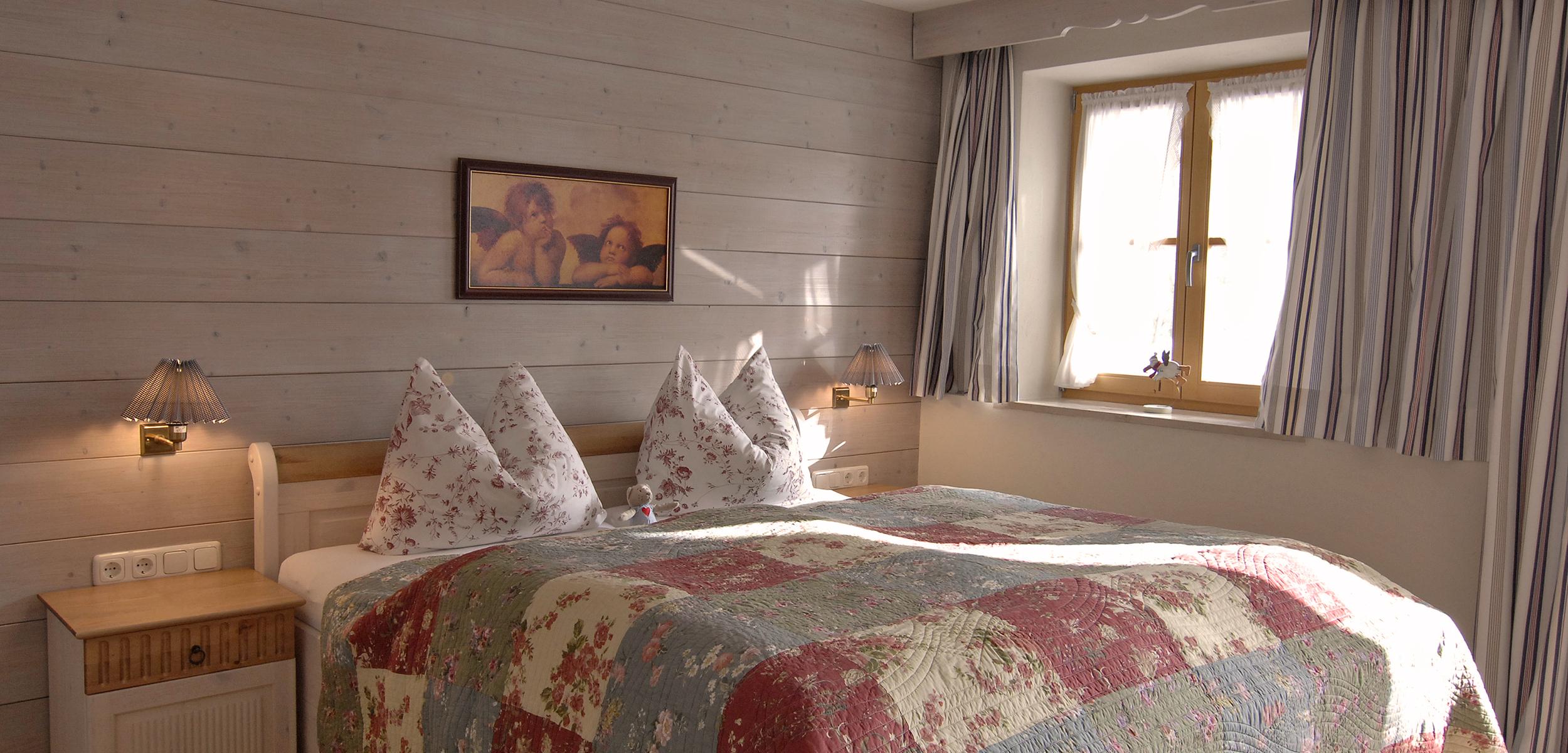 Lechner am See Cottage Suite Seeblick-Schlafzimmer
